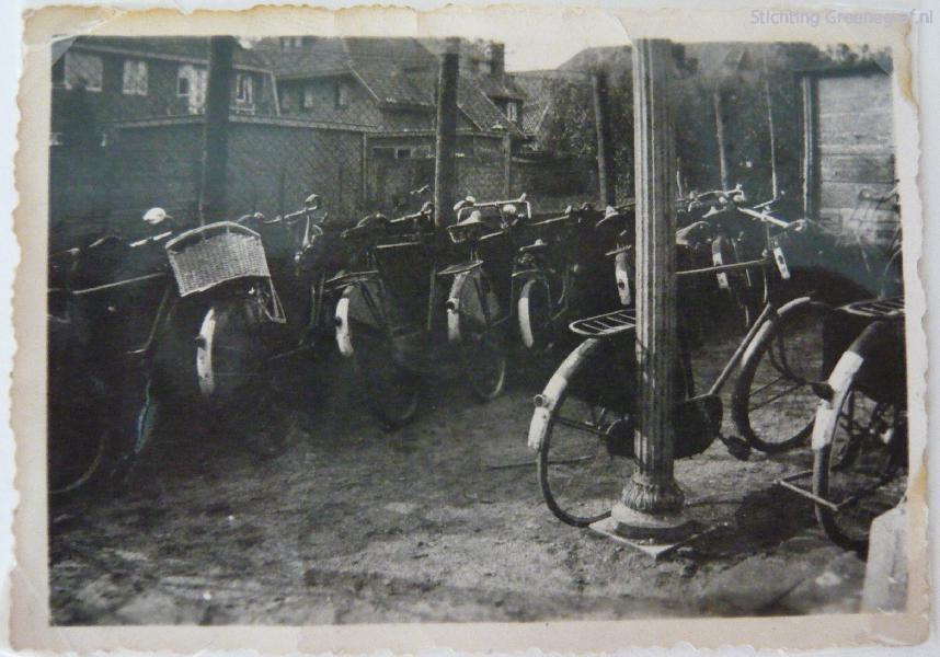 A.B. Buitenhuis fietsenstalling