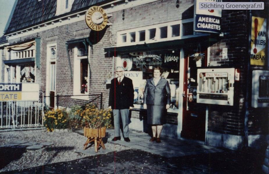 Sigarenhandel tante Saartje Ligtenberg