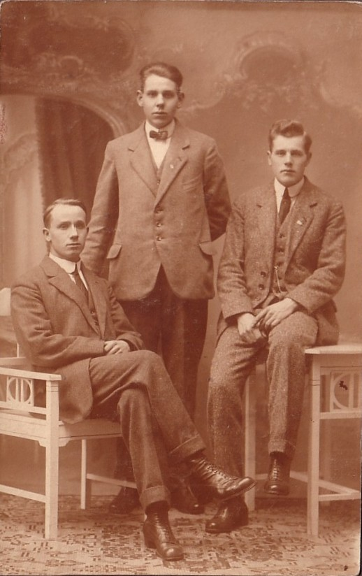 Gijsbertus, Karel en Fredrik Jan van Kesteren