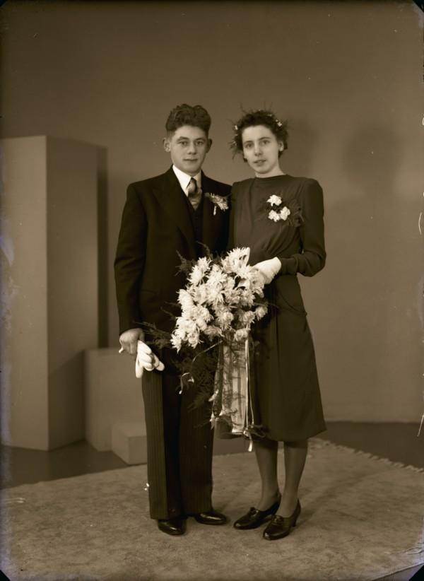 Ruth Beijen en Roelofje Hop bruidspaar