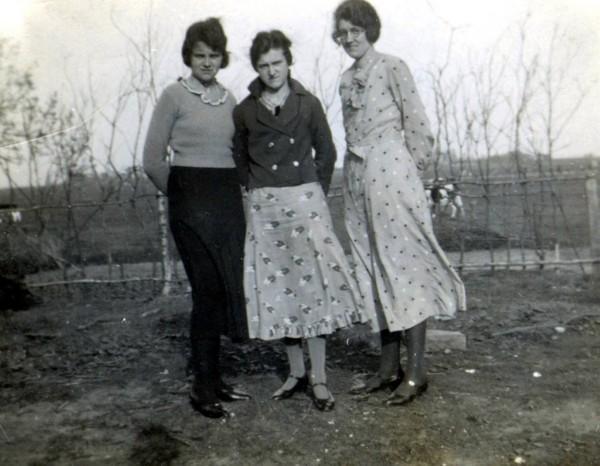 Geertruida Roos, Antonia Roos en Jannetje Roos