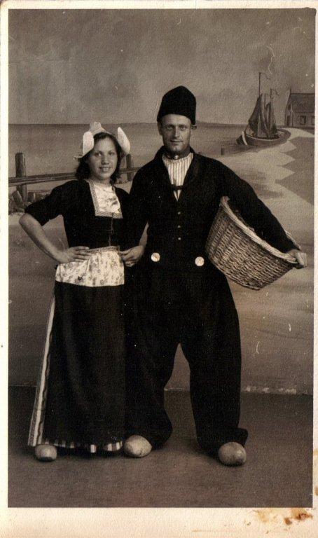 Foto  Geertruida Catharina Wilhelmina Bakker en Hendrikus Antonius Scheel