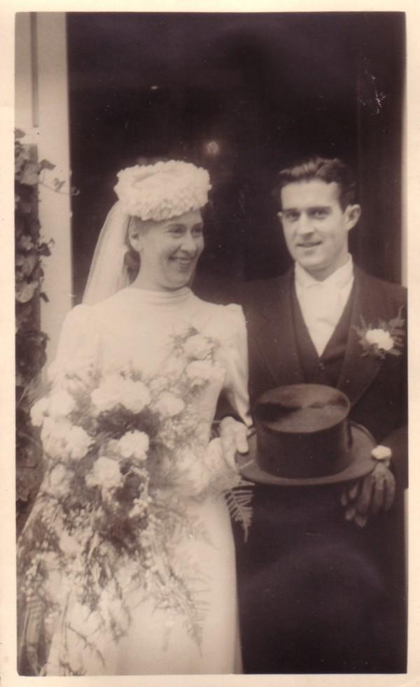 Antonia de Krom en Gerardus van Paridon trouwfoto