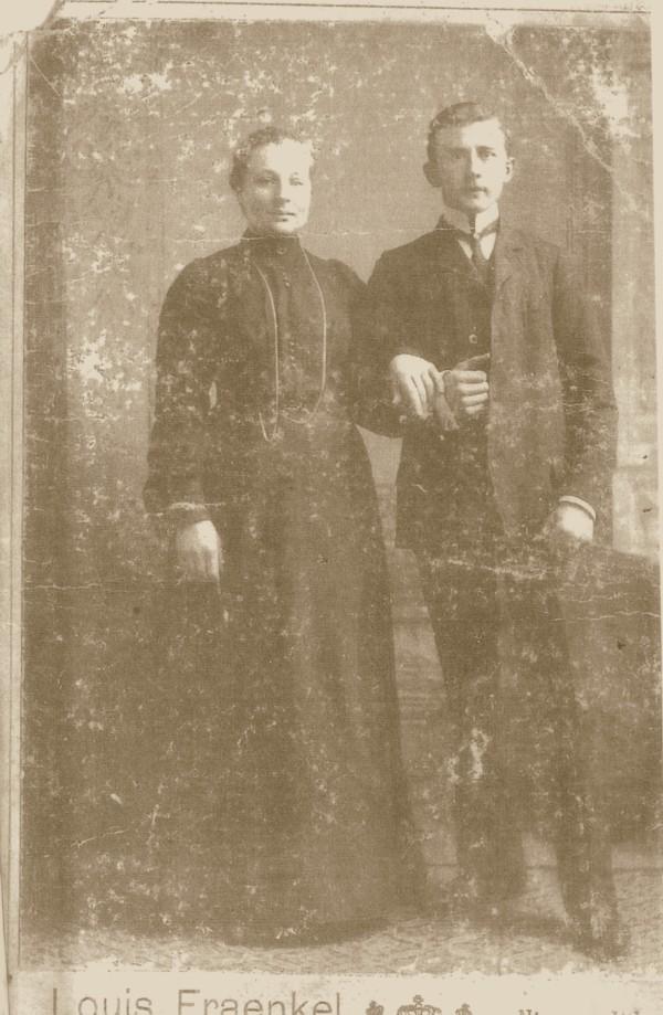 Teuntje Grootveld en Pieter Lankhorst trouwfoto