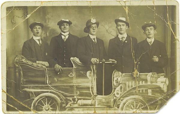 Teunis Lammertse (2e van rechts)