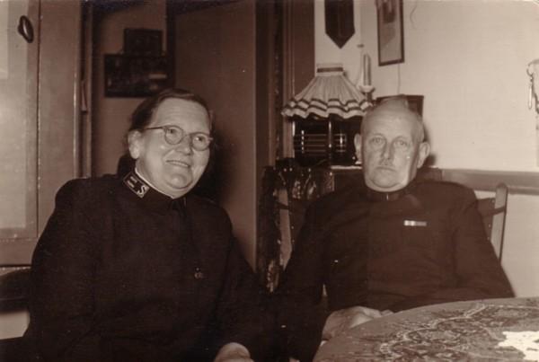 Foto  Christina Hermina Antoinetta Lüschen en Frans Hendrik Cornelis Kotten