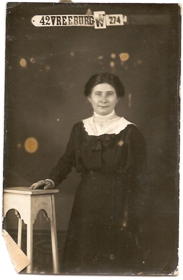Willemijntje van Oostrum 18 jaar oud