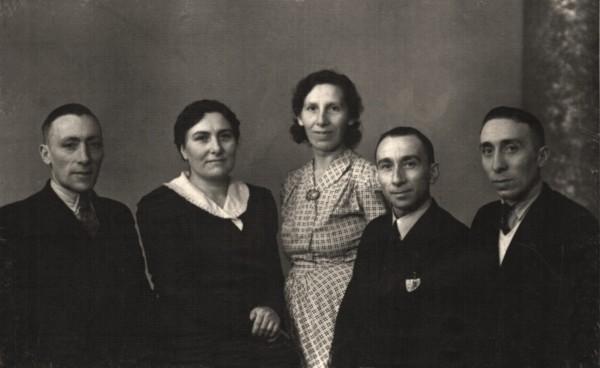 Gerrit, Neeltje, Grietje, Teunis en Cornelis Koenen