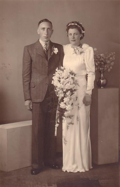 Cornelis Koenen en Neeltje Heida trouwfoto