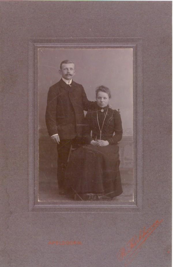 Foto  Johannes van de Vlekkert en Aleida Henderika Julia Schinkel