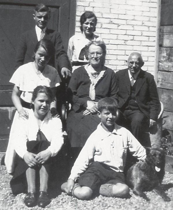 Gezin Willem Kwappenberg en Anna Lourens en Dirkje van Garderen