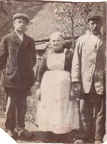 Gerritje van Schaffelaar en Johannes Camper met zoon (waarschijnlijk)