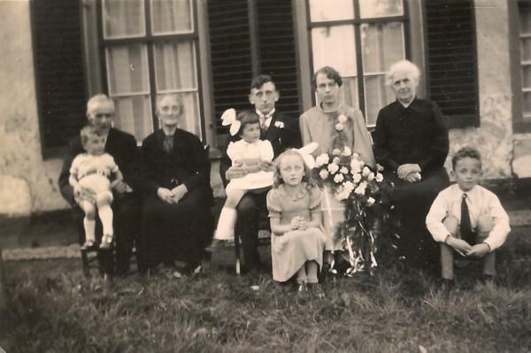 Evert Pater en Janna van der Pol trouwfoto met ouders