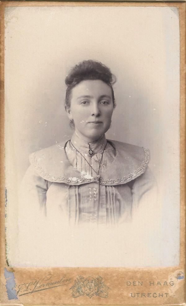 Wilhelmina Hoenderdaal