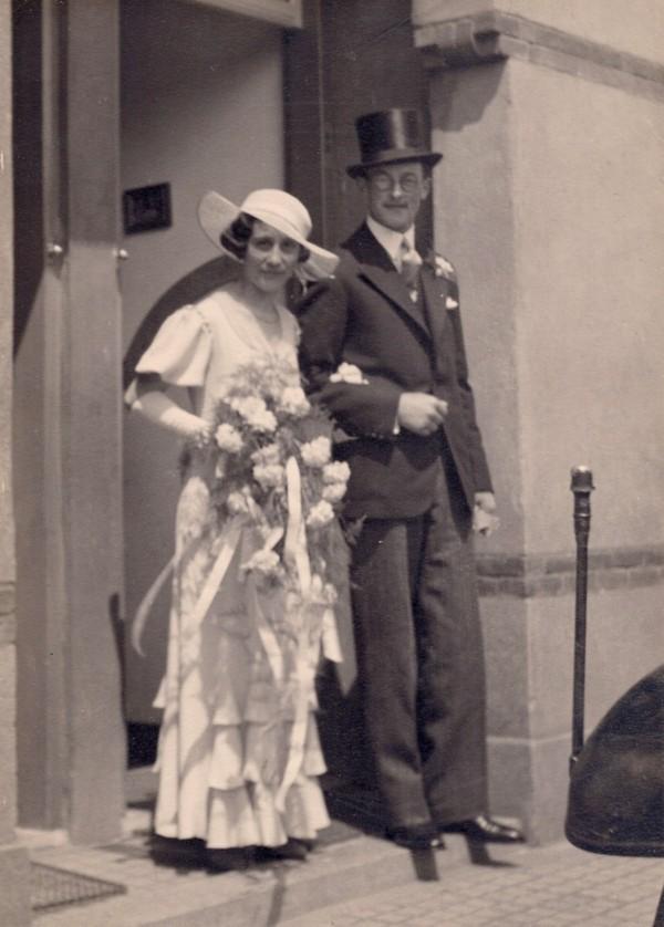 Josina Huiberdina Schreuders en Jan Veldhuijsen trouwfoto