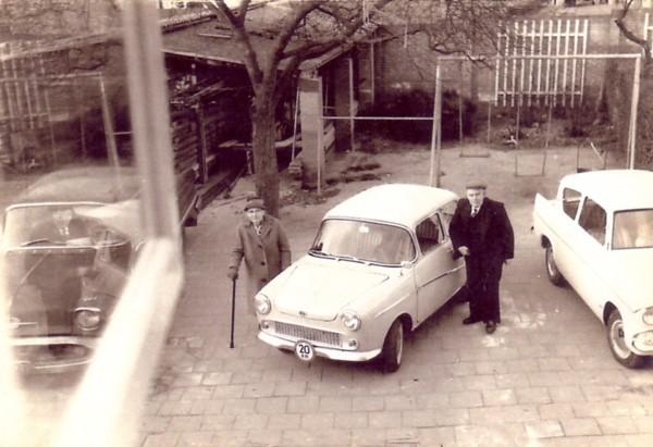 Foto  Lamberdina Knoppers en Cornelis van den Broek