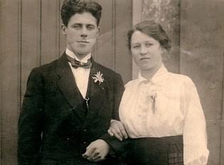 Sijmen Mol en Trijntje Karssen trouwfoto