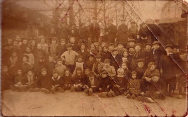Groepsfoto onbekende kinderen