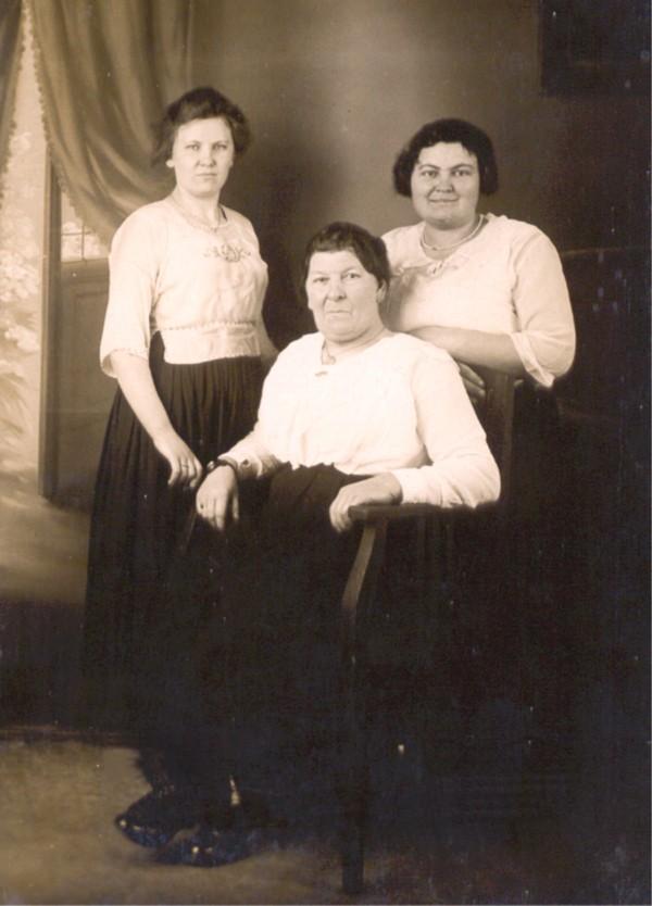 Hendrika Hornsveld, Maria Westbroek en Gijsbertha Elisabeth Hornsveld