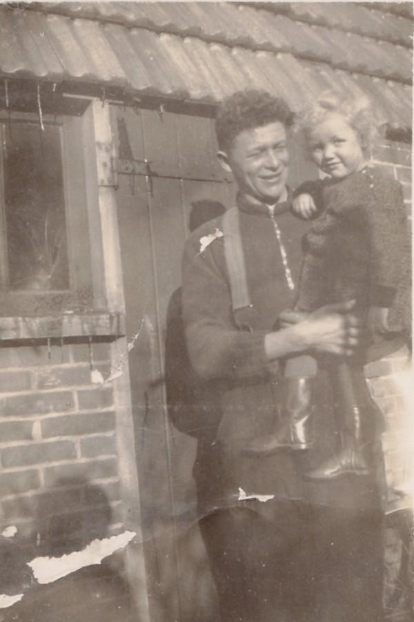 Matthijs Ravenhorst en zijn jongste zus Willy Ravenhorst