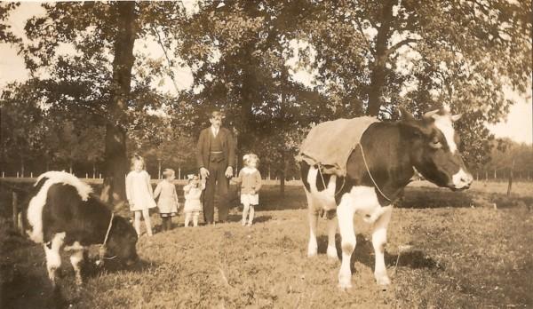 Antoon Beemer met zijn kinderen