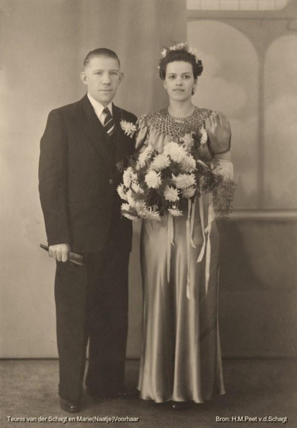 Teunis van der Schagt en Naatje Voorhaar trouwfoto