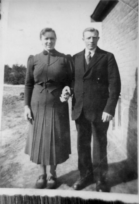 Hermina Hendrika Mol en Gerrit Willigenburg trouwfoto