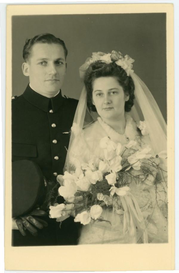 Lambertus Mol en Suzanna Jeleijntje de Zeeuw trouwfoto