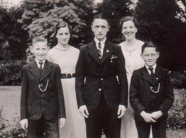 Louis, Gijsbertje, Matthijs, Anna Elisabeth en Johan Hendrik Ravenhorst