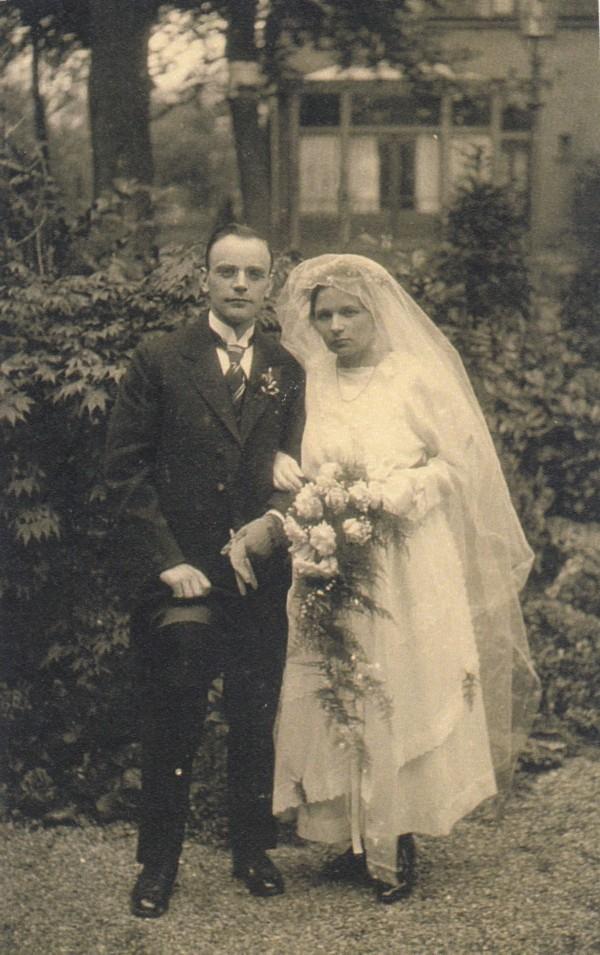 Dirk Hornsveld en Anna Maria Klaassen trouwfoto