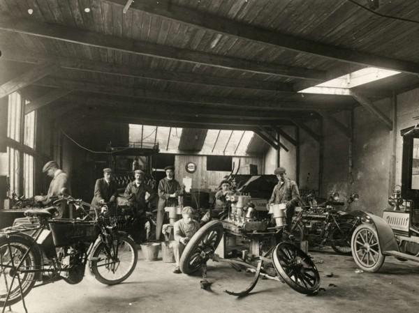 Garagebedrijf Carsjens en Groussot Laanstraat Baarn