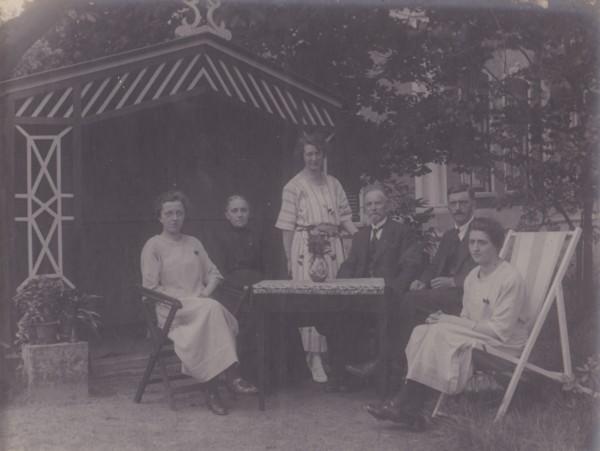 Gezin Jacobus Elisa van Dongen Bolding en Maria van Tok