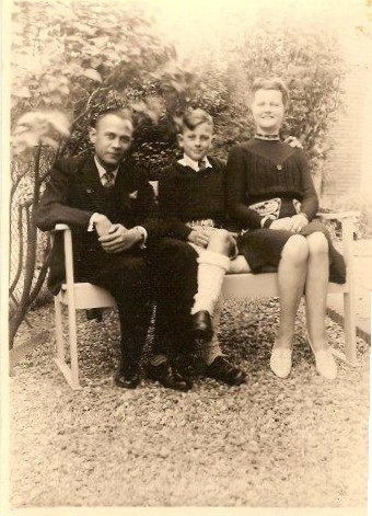 Roelof Riemer, zoon Jaap en Hendrika Maria van den Brink