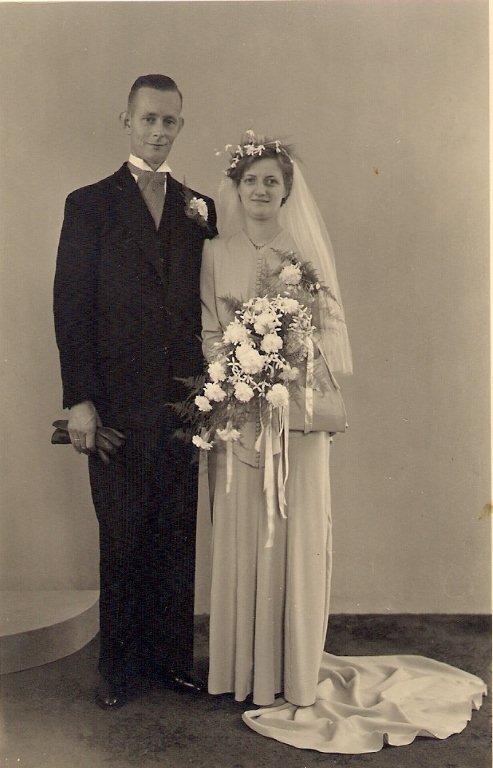 Jan van den Brink en Alberta van Dijk trouwfoto