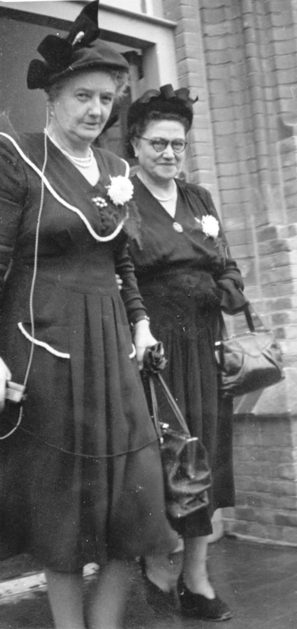 Johanna Dorothea Heesemans en Cornelia Anthonia de Looper