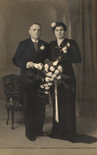 Pieter Schagen en Beertje van de Kamp trouwfoto