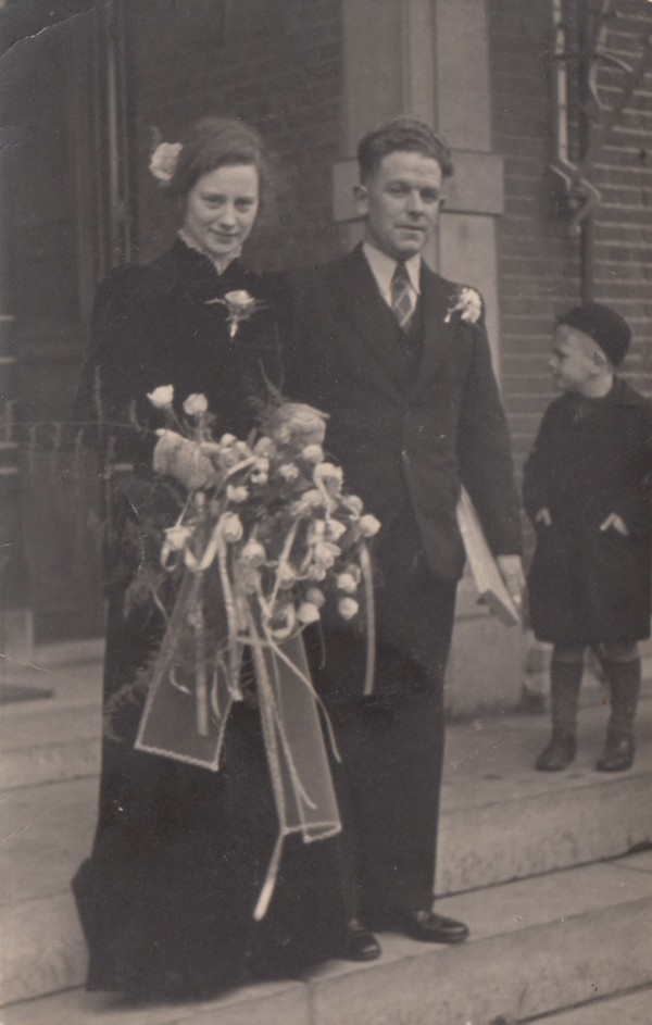 Maria van de Pol en Meindert van den Breul trouwfoto