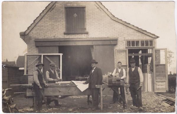 Werkplaats aannemer Leduc, Dallaan 22 in Baarn