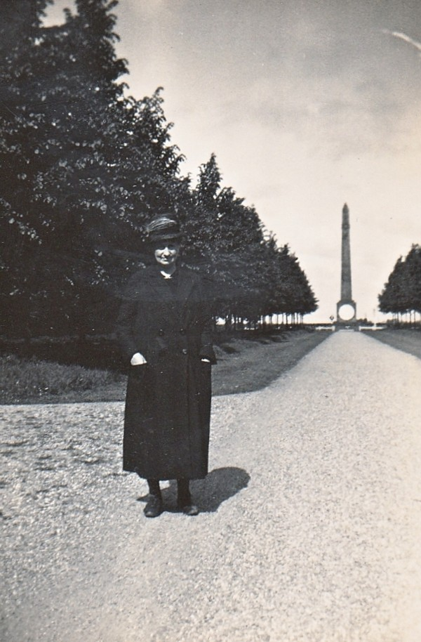 Elisabeth Margaretha Maria Elzendoorn bij de Naald