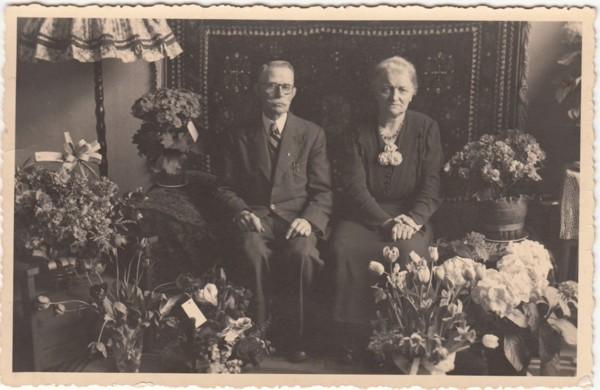 Jan Boelens en Stijntje Kamstra 45 jaar getrouwd