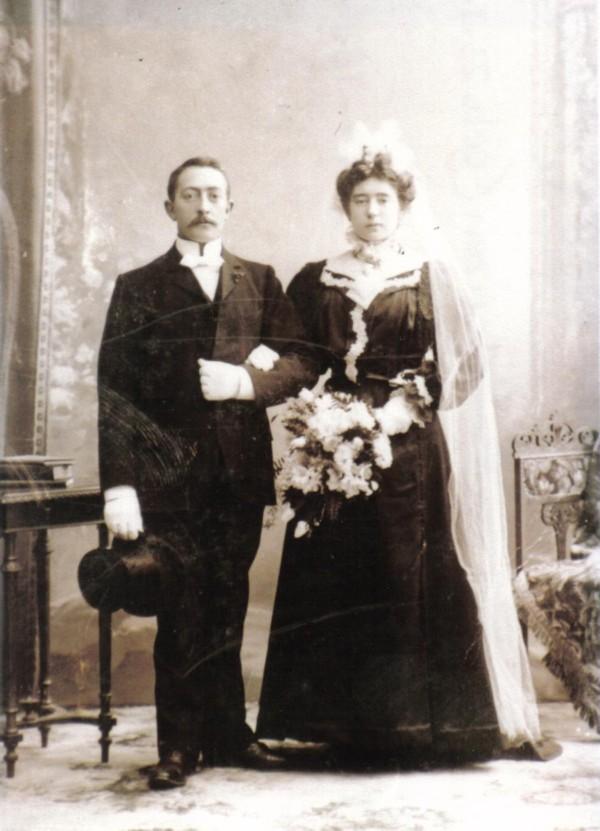 Barend van Voorthuizen en Cornelia Fockens trouwfoto