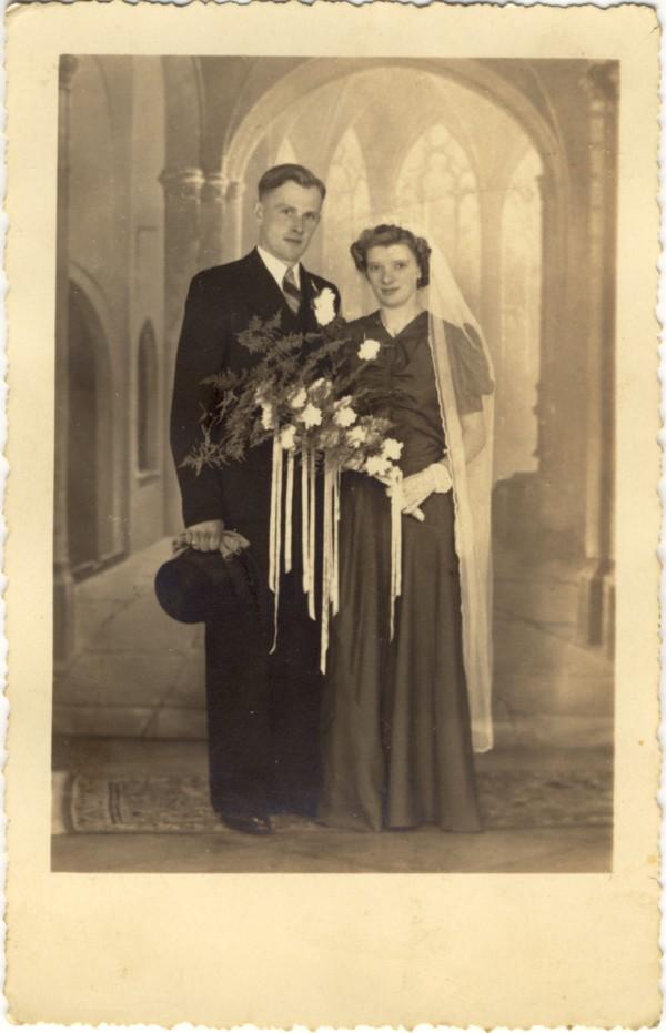 Nicolaas Marinus Schoonderbeek en Hendrika Johanna Rijnders trouwfoto