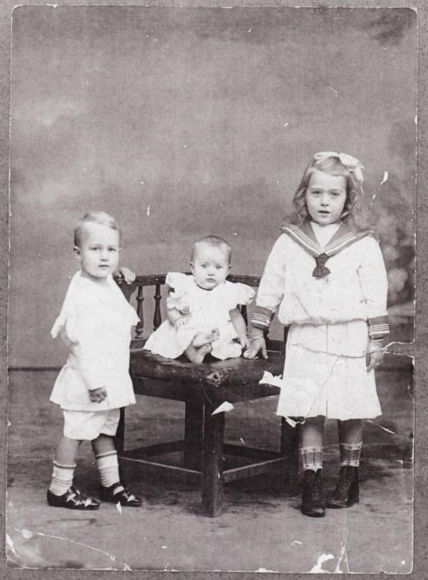 Geertruida Petronella Hovius, Dirk Hovius en Paula Hovius