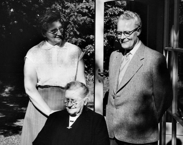 Catharina van der Woord, Petronella van Kouterik en Willem Pater