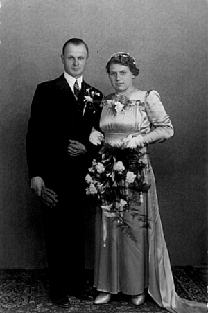 Gijsbert de Vink en Evertje van der Laan trouwfoto