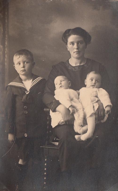 Christiaan Theodorus Scholten en Anna ter Burg met onbekende tweeling