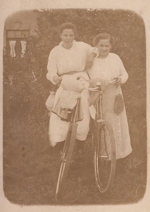 Foto  Cornelia de Koning en Herremijntje van de Meent