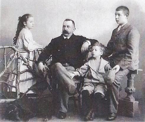 Willem Jiskoot met kinderen