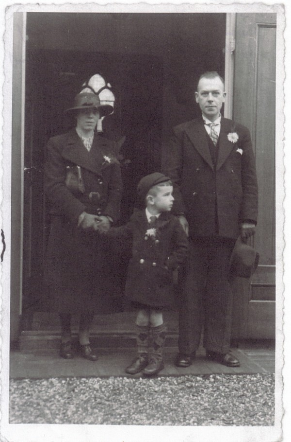 Antoni Lambertus Lammers en Elisabeth van der Horst met zoon Fredrik Johan Lammers
