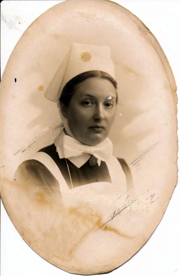 Quirina Oosterbroek, diacones